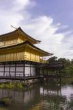 Chiuda su del padiglione dorato del tempio Fotografia Stock Libera da Diritti