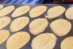 Chiuda su del pancake croccante tailandese - crêpe crema Fotografia Stock