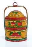 Chiuda su del trasportatore tradizionale di Tiffin dipinto Fotografie Stock Libere da Diritti