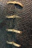 Chiuda su dell'armatura che i cavalieri hanno indossato nei periodi medievali, Cleveland Art Museum, Ohio, 2016 della posta Fotografia Stock