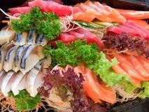 Chiuda su dell'insieme del sashimi Immagini Stock