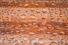 Chiuda su dell'le gocce di acqua fotografia stock libera da diritti