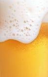 Chiuda in su della birra Fotografie Stock