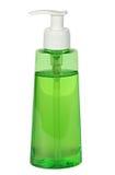 Chiuda su della bottiglia di plastica del sapone su bianco Fotografie Stock Libere da Diritti