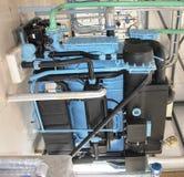 Chiuda su della macchina dell'industria (assorbimento del vapore) in una centrale elettrica termica solare fotografia stock libera da diritti