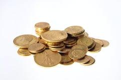 Lotto delle monete di oro per risparmiare Fotografie Stock