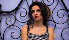Chiuda su di bella ragazza con trucco professionale Fotografie Stock Libere da Diritti