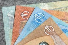 Chiuda su di euro soldi variopinti Euro priorità bassa dei soldi Immagine Stock