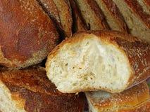 Chiuda su di pane integrale affettato differente Fotografia Stock Libera da Diritti