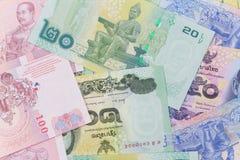 Chiuda su di soldi tailandesi Fotografie Stock