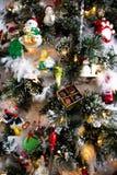 Chiuda su di un albero di Natale fotografie stock