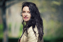 Chiuda su di un sorridere italiano della donna Fotografie Stock