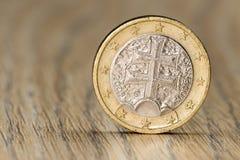 Chiuda su di un'una euro moneta slovacca Immagine Stock Libera da Diritti