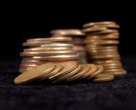 Chiuda in su di vecchie monete Fotografie Stock Libere da Diritti