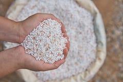 Chiuda su fertilizzante chimico in sacchi Immagine Stock
