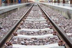 Chiuda su sulla parte del binario ferroviario dalla vista superiore Fotografia Stock Libera da Diritti