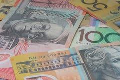 Chiuda sui macro soldi delle note dell'australiano Immagini Stock