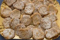 Chiuda sul canestrelli e sul cantucci genovesi tipici dei biscotti fotografie stock