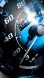 Chiuda sul colpo di un metro di velocità in un'automobile Immagini Stock Libere da Diritti