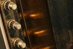 Chiuda sul dado del metallo sul bullone immagini stock libere da diritti