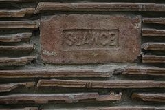 Chiuda sul fondo rosso di struttura delle mattonelle della parete delle mattonelle Fotografie Stock
