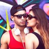 Chiuda sul ritratto delle coppie sorridenti felici nell'amore Fotografia Stock