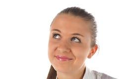Chiuda sul ritratto di gilr sorridente che osserva in su Fotografia Stock