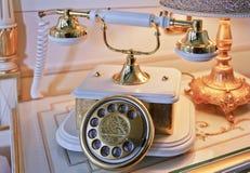 Chiuda sul telefono basso Analogue del microtelefono fotografie stock libere da diritti