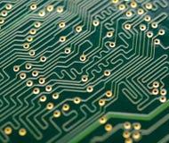 Chiuda sull'immagine del circuito elettronico Fondo di concetto di tecnologie informatiche Fotografie Stock