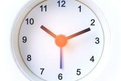 Chiuda sull'orologio moderno Fotografia Stock Libera da Diritti
