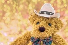 Chiuda sull'orsacchiotto del cowboy Immagini Stock Libere da Diritti