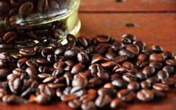 Chiuda sulla bacca di caffè fotografia stock libera da diritti