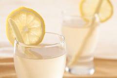 Chiuda sulla bevanda del limone dello zenzero Immagine Stock Libera da Diritti