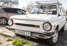 Chiuda sulla foto di vecchio bianco ZAZ-968M Fotografia Stock