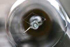 Chiuda sulla lampadina elettrica Fotografie Stock Libere da Diritti