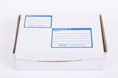 Chiuda sulla scatola di carta della posta della posta Fotografie Stock Libere da Diritti