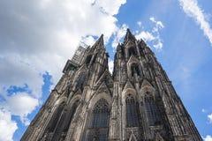 Chiuda sulla vista della cattedrale in Colonia, Germania di Colonia immagine stock