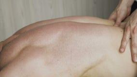 Chiuda sulla vista della terapia di massaggio 4K stock footage
