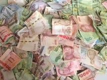 Chiuda sulla vista delle fatture di baht tailandese del denaro contante Immagini Stock Libere da Diritti