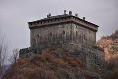 Chiuda sulla vista sopra il castello di Verrès, la valle d'Aosta, Italia Fotografia Stock