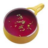 Chiuda sulla zuppa di barbabietola sana nel vaso Fotografia Stock