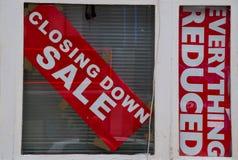 Chiudere il segno di vendita Immagini Stock Libere da Diritti