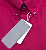 Chiuso in su della camicia rossa Fotografie Stock