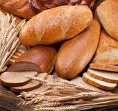 Chleb i banatka. Karmowy tło. Zdjęcia Stock