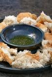Chleb i oliwa z oliwek z pikantność Zdjęcia Royalty Free