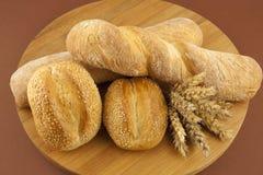 Chleb na drewnianej desce Zdjęcia Stock