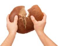 Chleb w męskich rękach Fotografia Royalty Free