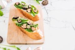 chleb z rakiety i shiitake pieczarką zdjęcia royalty free