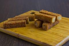 Chlebowa grzanka na talerzu dla piwa Fotografia Royalty Free