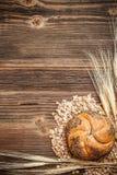 Chlebowa rolka i weath Obraz Royalty Free